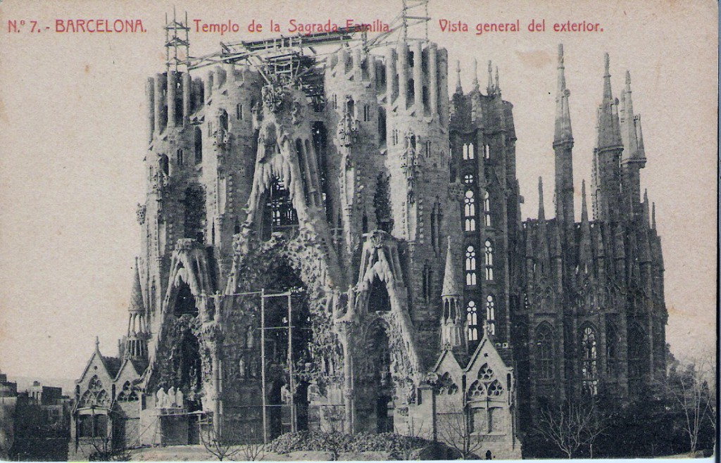 natalia piernas historia de empresa Templo Sagrada Familia