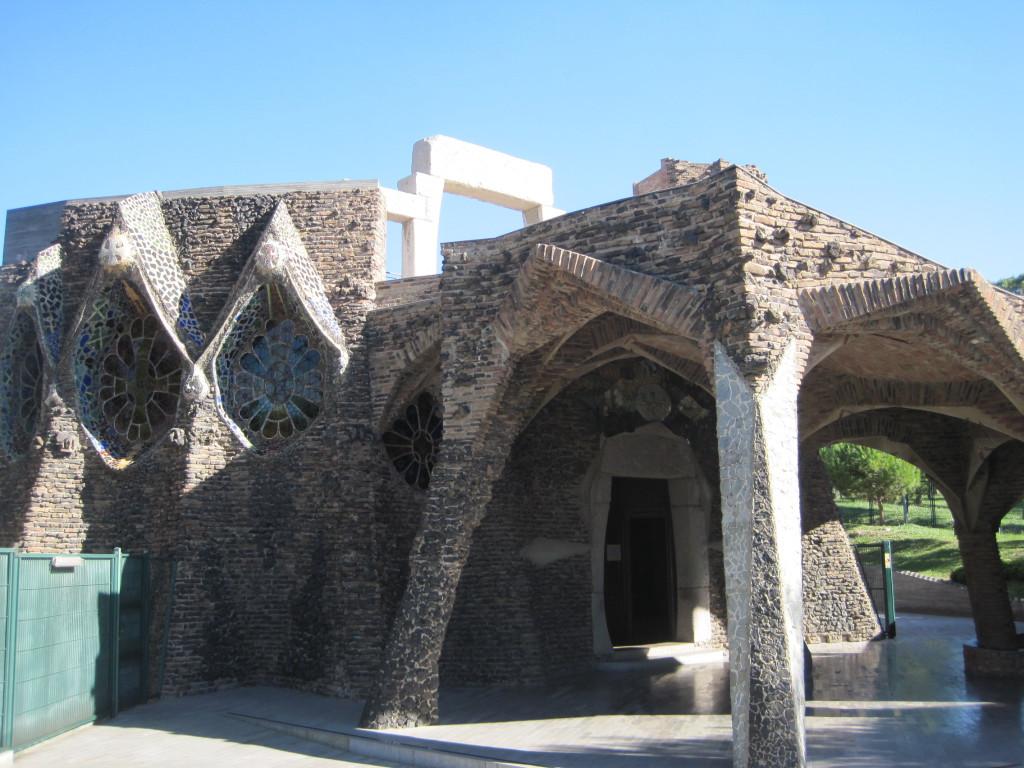 colonia güell pórtico cripta IMG_1988