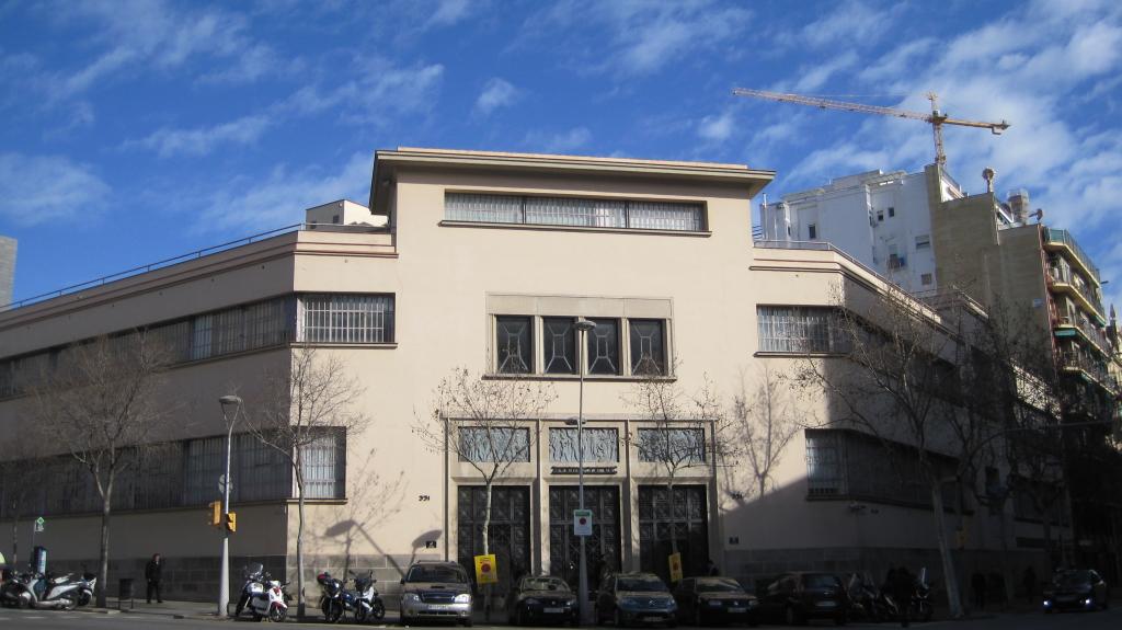 natalia piernas historia de empresa Myrurgia fachada Mallorca